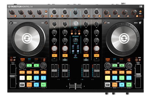 Native_instrument_traktor_s4-mkii-1